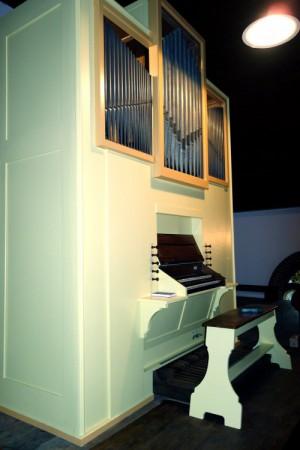 Die neue Strodehner Orgel kurz vor der Einweihung
